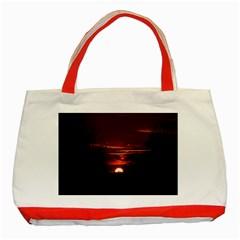 Sunset Sun Fireball Setting Sun Classic Tote Bag (red) by Simbadda