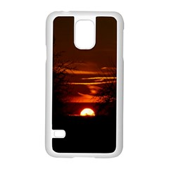 Sunset Sun Fireball Setting Sun Samsung Galaxy S5 Case (white) by Simbadda