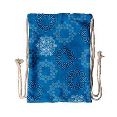 Flower Star Blue Sky Plaid White Froz Snow Drawstring Bag (small) by Alisyart