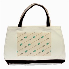 Arrow Quilt Basic Tote Bag by Alisyart