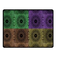 Creative Digital Pattern Computer Graphic Fleece Blanket (small)