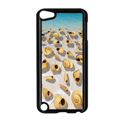 Shell Pattern Apple Ipod Touch 5 Case (black) by Valentinaart