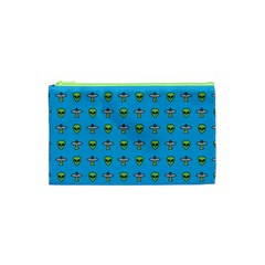 Alien Pattern Cosmetic Bag (xs) by BangZart