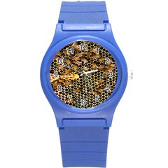 Queen Cup Honeycomb Honey Bee Round Plastic Sport Watch (s) by BangZart
