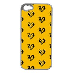 Lovely Hearts 17e Apple Iphone 5 Case (silver) by MoreColorsinLife