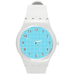 Friendly Houndstooth Pattern,aqua Round Plastic Sport Watch (m) by MoreColorsinLife