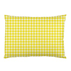 Friendly Houndstooth Pattern,yellow Pillow Case by MoreColorsinLife