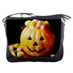 Igp0091 Pumpkinv Messenger Bags by PhotoThisxyz