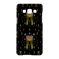 Queen In The Darkest Of Nights Samsung Galaxy A5 Hardshell Case  by pepitasart
