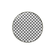 Scales1 Black Marble & White Leather Hat Clip Ball Marker