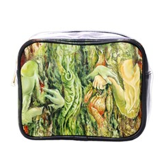 Chung Chao Yi Automatic Drawing Mini Toiletries Bags by Celenk