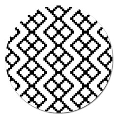 Abstract Tile Pattern Black White Triangle Plaid Chevron Magnet 5  (round) by Alisyart
