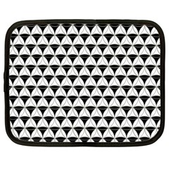 Diamond Pattern White Black Netbook Case (xl)  by Cveti