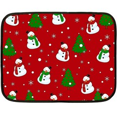Snowman Pattern Fleece Blanket (mini) by Valentinaart