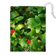 Christmas Season Floral Green Red Skimmia Flower Drawstring Pouches (xxl) by yoursparklingshop
