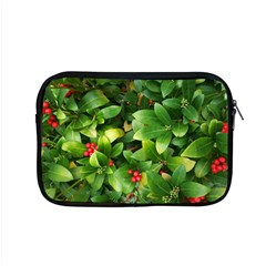 Christmas Season Floral Green Red Skimmia Flower Apple Macbook Pro 15  Zipper Case by yoursparklingshop