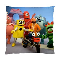 Paxtons Yo Gabba Gabba Pillow Case By Larrissa   Standard Cushion Case (two Sides)   Jhvtuxdx34zx   Www Artscow Com Front