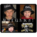 raider blanket for daddy - Fleece Blanket (Medium)
