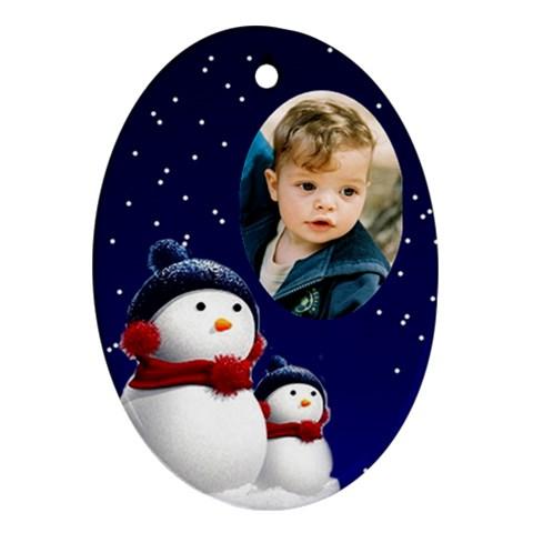 Snowmen Oval Ornament By Deborah   Ornament (oval)   4tb3xli45ye9   Www Artscow Com Front