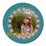 beautiful girl - Round Mousepad