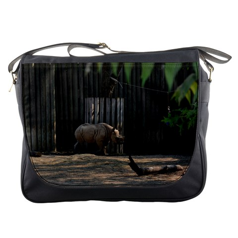Messenger Bag   Rhino At The Zoo By Jenessa   Messenger Bag   Nx009n0angtx   Www Artscow Com Front